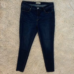 LIKE NEW GAP Jeans